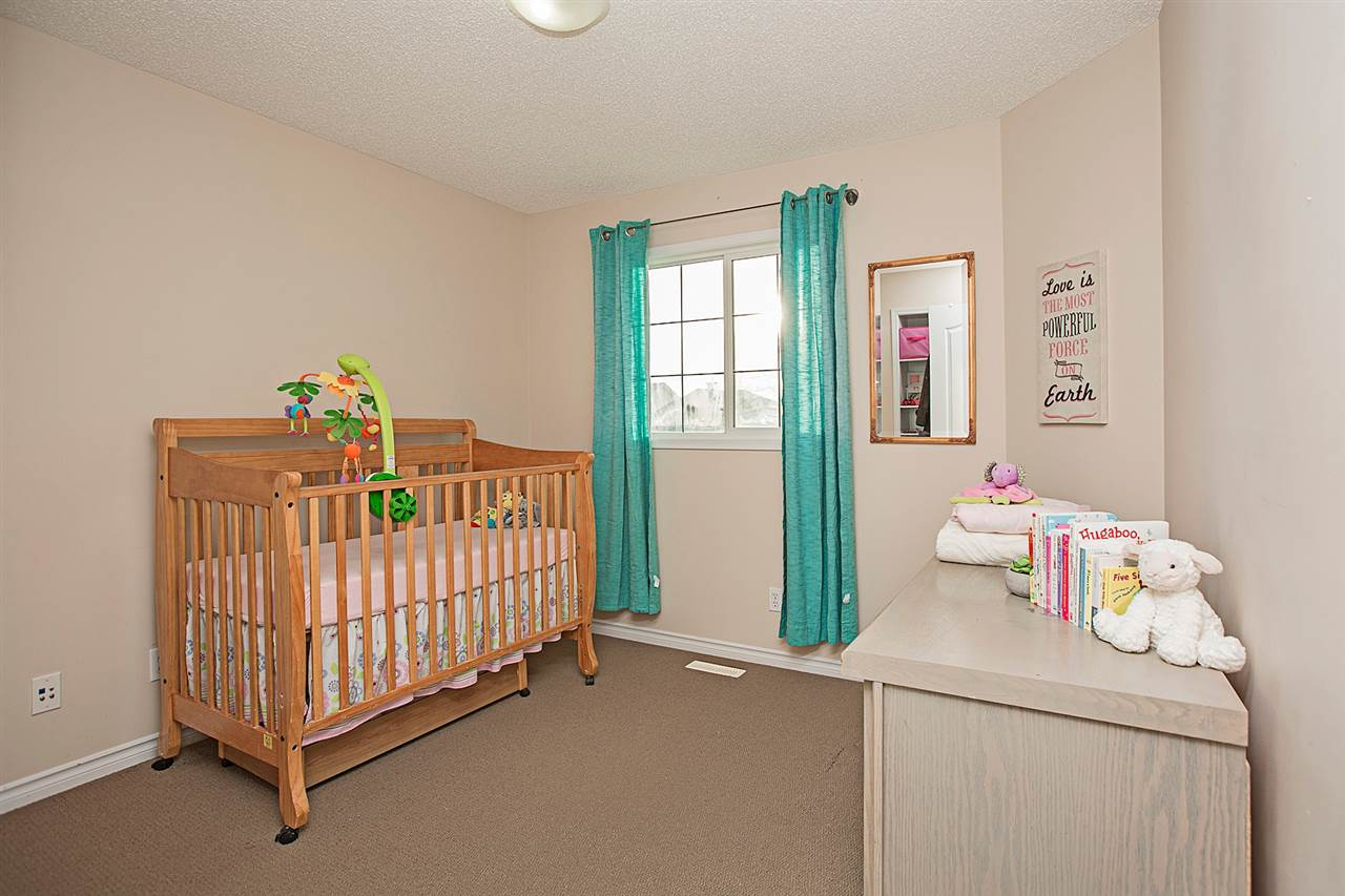 Comfortable and Safe Baby Nursery