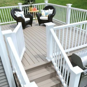 Small Deck Ideas: Power of White