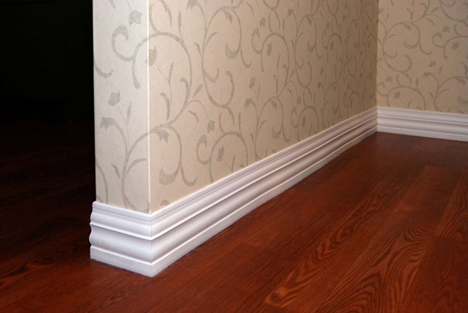 Baseboard Style Sculpted Mid Height